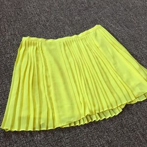 Millau neon yellow short mini skirt